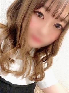 なみ「やんちゃな子猫 梅田堂山店」