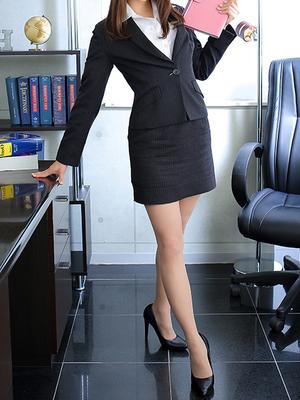 社長秘書 KOBE HEAD OFFICE 加藤 愛梨
