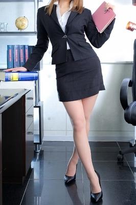 社長秘書 KOBE HEAD OFFICE 相沢 りょう