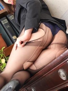 クルミ秘書「秘書の品格 クラブアッシュ ヴァリエ」