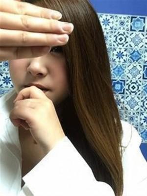 いちゃいちゃパラダイス姫路店 デリヘル 姫路 【Gカップ若妻】なる