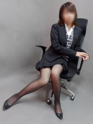 桜庭 乃亜「ハレンチ銀口員 姫路店」